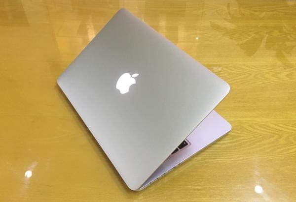 Hình ảnh của Macbook Pro Retina 2015 - MF839